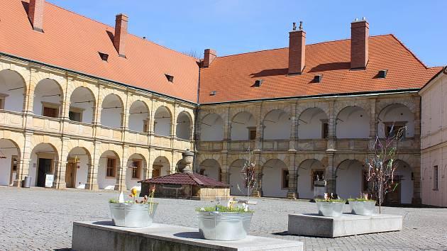 عکس: عید پاک در قلعه در Moravska Trebova